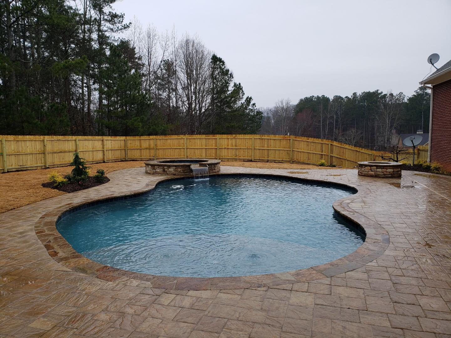 custom swimming pool builders near me